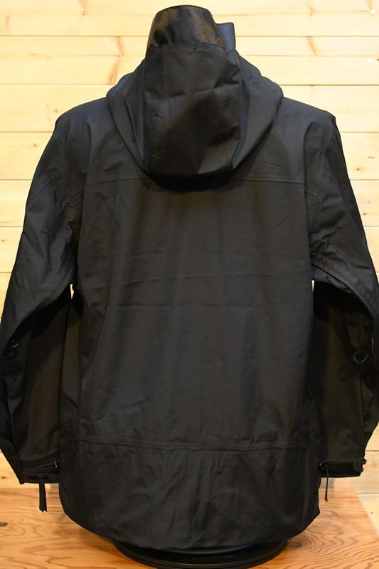 コンフィー アウター COMFY CMF2102-000022 COEXIST SHELL ブラック