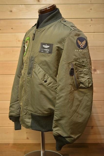 バズリクソンズ Buzz Rickson's BR14612 L-2B フライトジャケット11th Tactical Recon.sq オリーブ