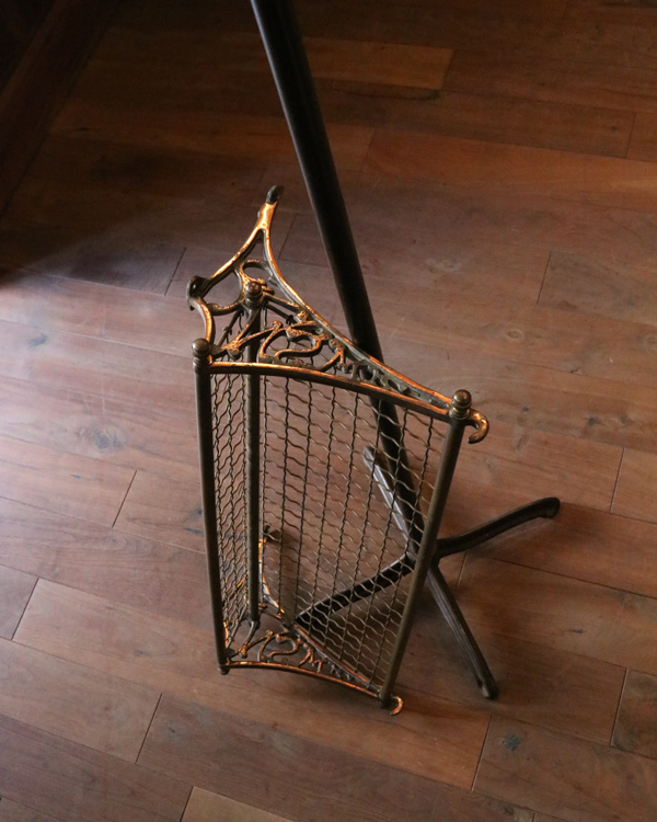 """""""South Wales"""" Luggage Rack 