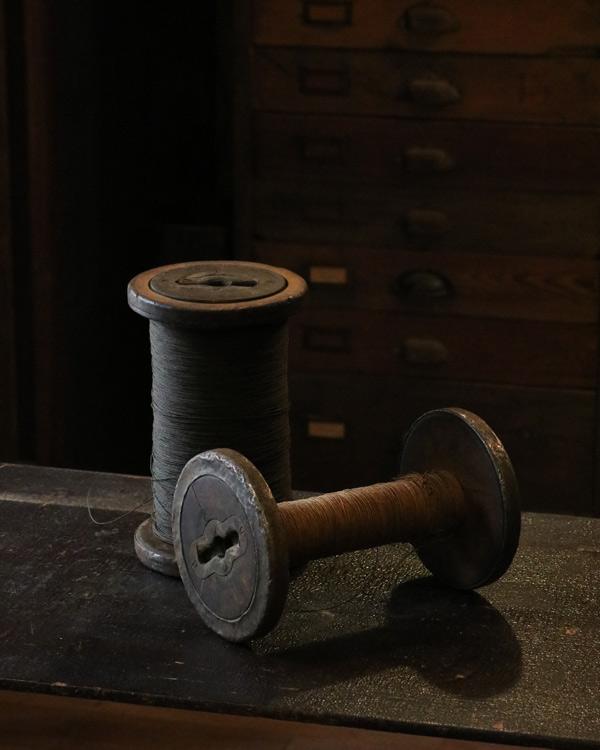 Thread A|木製の糸巻き A