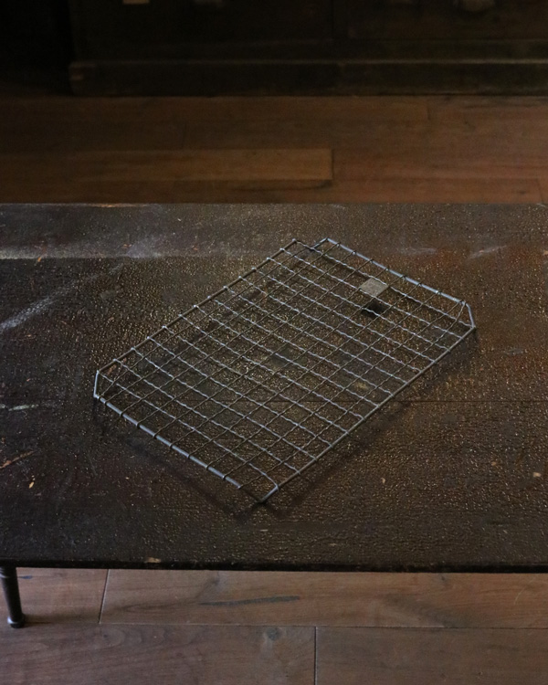 Wire Cooling Tray A|ワイヤー製のケーキクーラー A