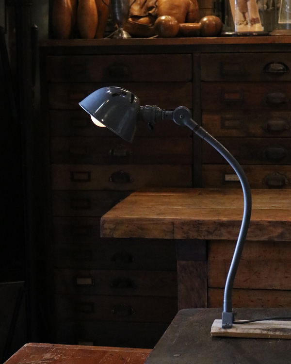 Flexible Arm Lamp|フレキシブルアーム ランプ