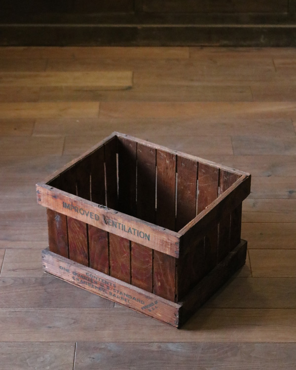 """CAPE COD CRANBERRIES"" Wood Box