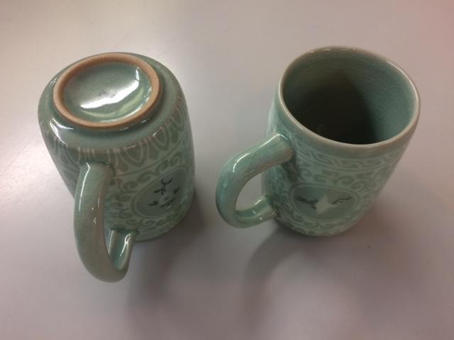 青磁マグカップ