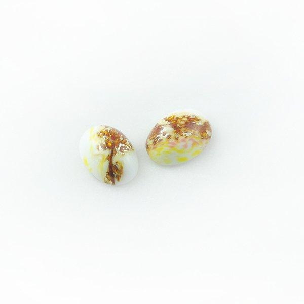 ハンドメイドカボションオーバル14/10mm ホワイト
