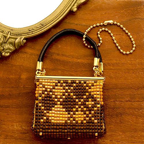 ビーズファクトリー デリカビーズ織りバッグチャームキット(ハンドバッグ・ブラウン) BFK-480
