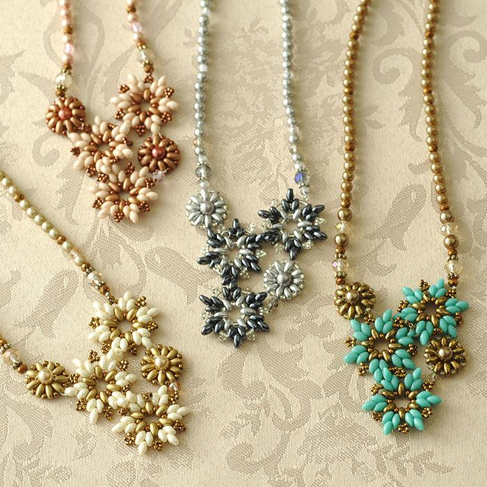 ビーズブーケネックレス(ターコイズ)  c-18004 【作家:Miki Kanai(Beads mode C'est la vie)】