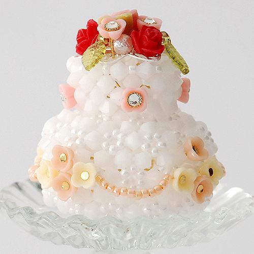 クリスタライズのフラワーウェディングケーキ  【作家:ちばのぶよ】