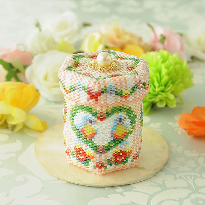 ステッチボックス〜幸せの小鳥〜 ビーズマニア