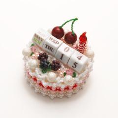 デコレーションケーキのHappyカレンダー  ビーズマニア