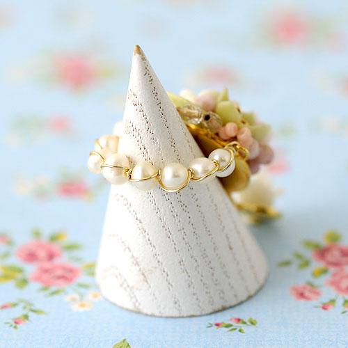 小花と薔薇のスイングリング  【作家:NARUMIDO】