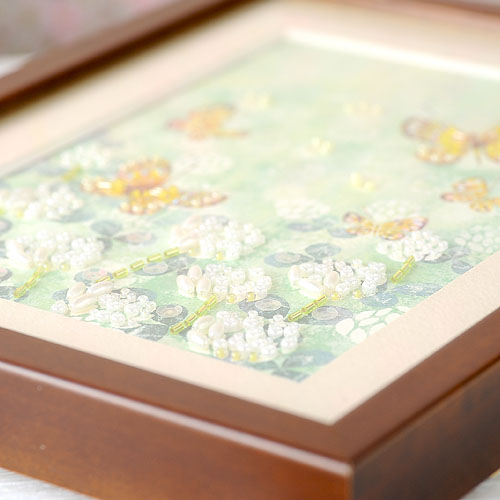 ビーズファクトリー 〜Beads Decor〜シロツメ草と蝶(卯月・4月) ※額は別売り BHD-87