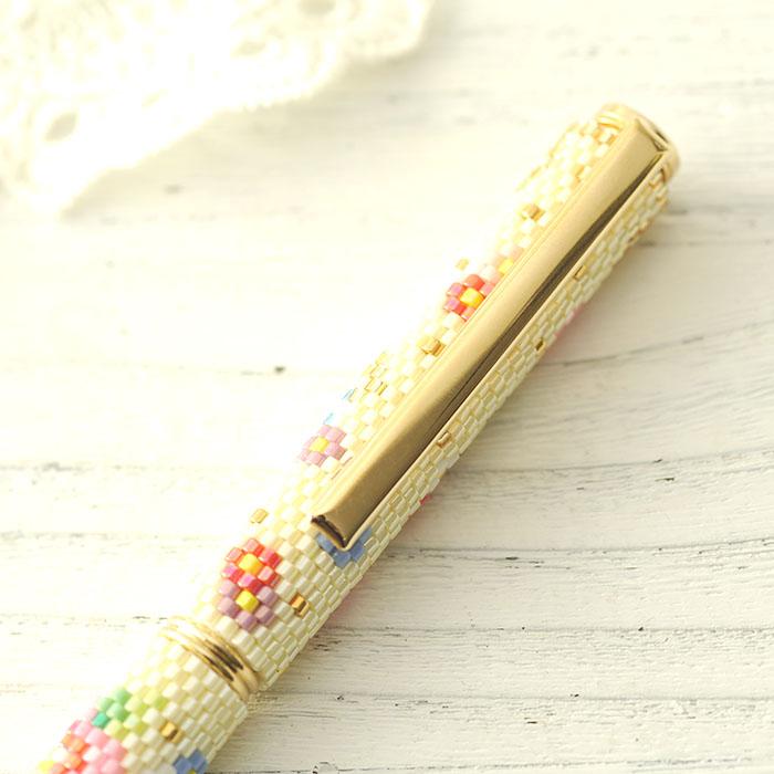 ☆3/17 再入荷☆ 彩とりどりのふんわり花手毬ペン