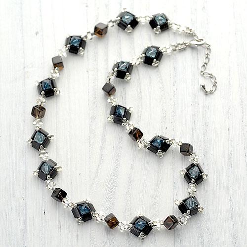 グレースネックレス(ブラック&ブルー)  N-103b 【作家:Shinon あわいしのぶ】