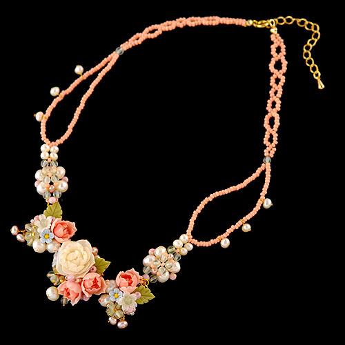 ミニオールドローズと桃の蕾のプリンセスネックレス  【作家:NARUMIDO】