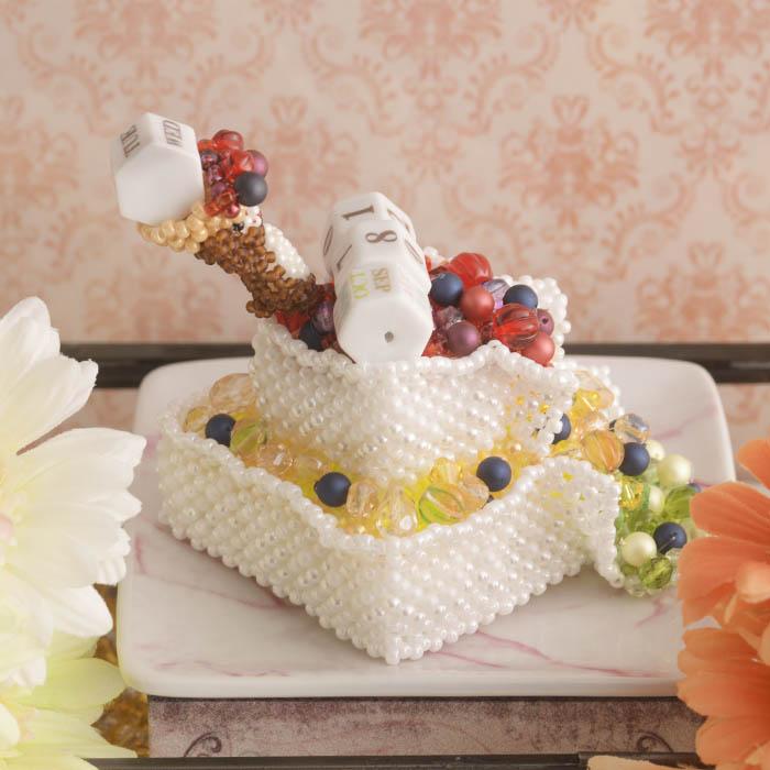 カレンダー〜フルーツシャワーケーキ〜  ビーズマニア