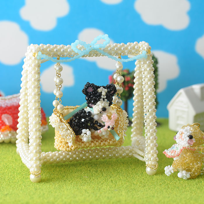 Babyギフト〜フラワーフリルのかごブランコ〜 ビーズマニア