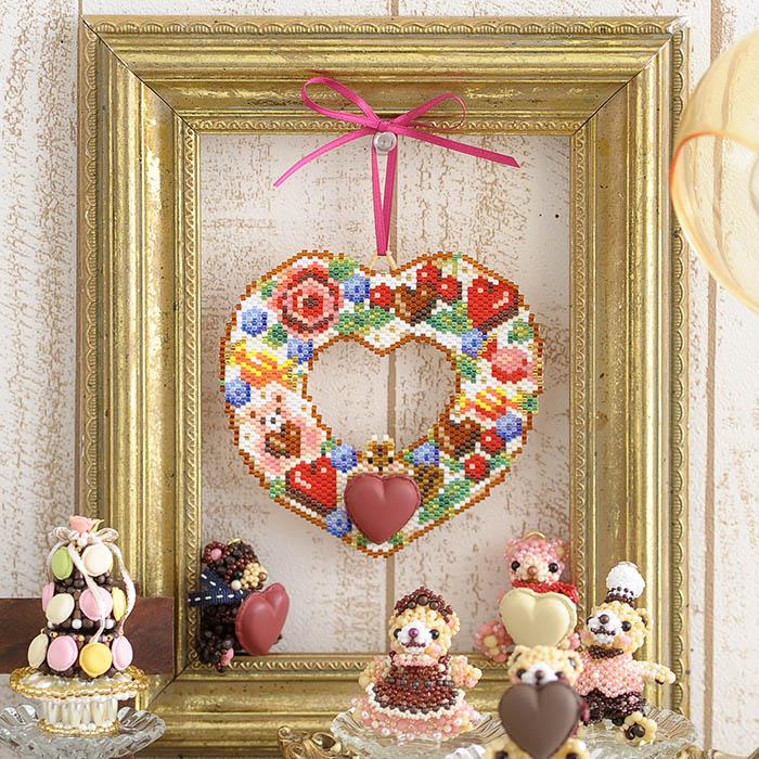 ステッチリース〜Sweet Present〜 ビーズマニア