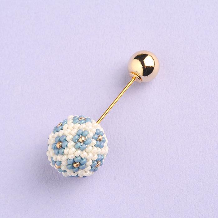 flourball pin brooch(ブルー)  【作家:荒木晴美(atelier embellir)】