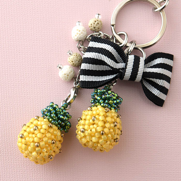 ★10/12 NEW★ pineapple charm 【作家:荒木晴美(atelier embellir)】