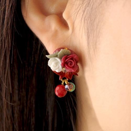 赤い薔薇とリボンのピアスorイヤリング  【作家:NARUMIDO】