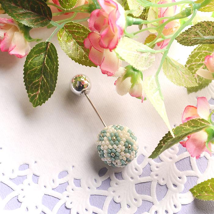 flourball pin brooch(ミント)  【作家:荒木晴美(atelier embellir)】