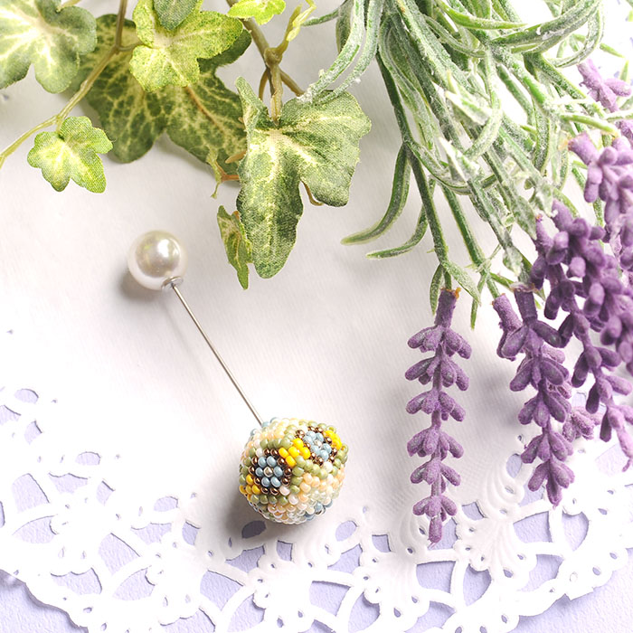 country pin brooch リーフィー 【作家:荒木晴美(atelier embellir)】