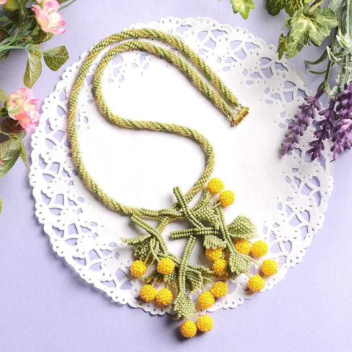 cherry necklace(イエロー)  【作家:荒木晴美(atelier embellir)】