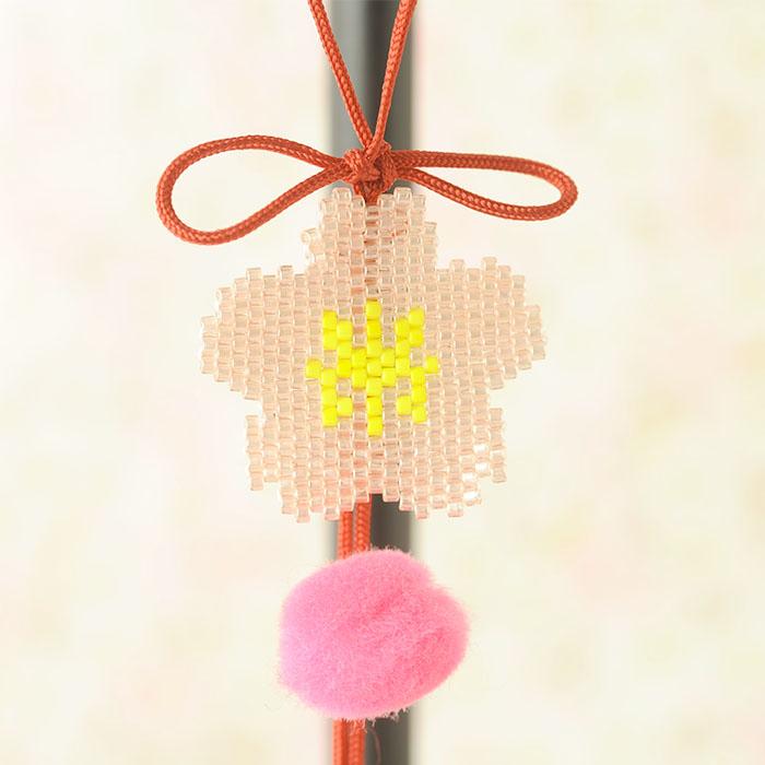 【現在庫分☆限定SALE中】 ビーズファクトリー シェイプドステッチでつくる つるし雛キット〜兎・桜〜  BKF-534