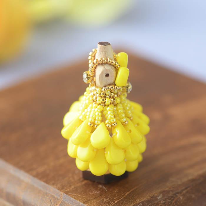 ビーズステッチで作るハニカムトルソードレス〜ベルローズ・イエロー〜  【作家:漆原昌美(Mai My Beads)】
