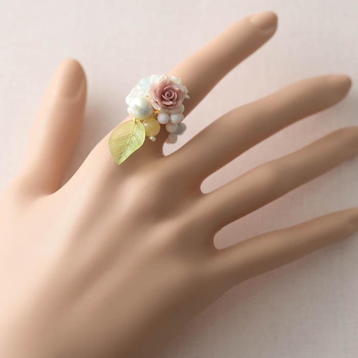 薔薇とリーフのリング  【作家:NARUMIDO】