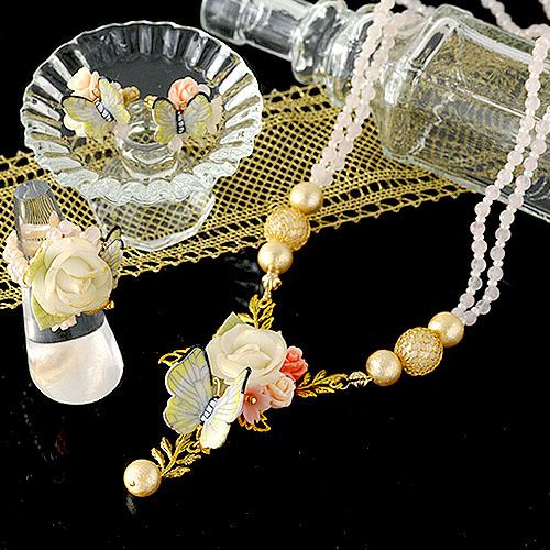 薔薇と黄色い蝶々のリング  【作家:NARUMIDO】