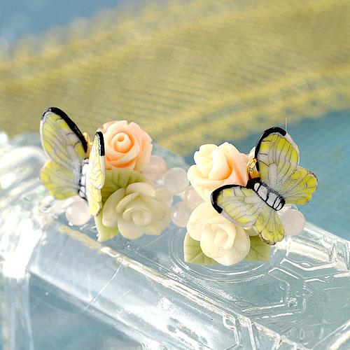 薔薇と黄色い蝶々のピアスorイヤリング  【作家:NARUMIDO】