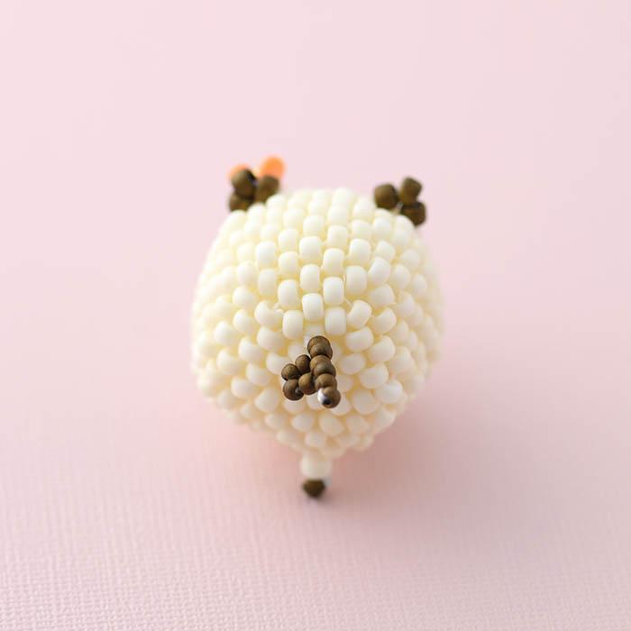 """幸せコロブタLarge〜with Flower〜(オフ白) 【作家:しのはらみわ(Little""""B"""".)】"""