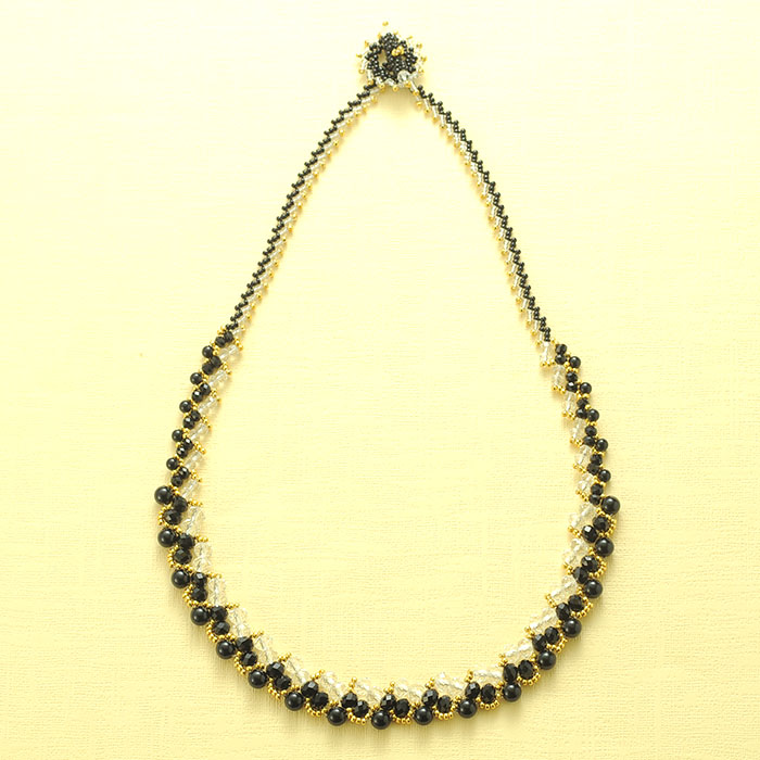 String ブラック NE-006BL 【作家:籔本真由美(Rust&Black Cat)】