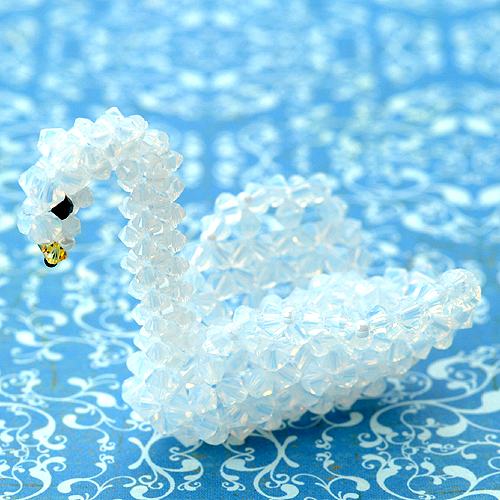 白鳥 ホワイトオパール  【作家:ちばのぶよ】