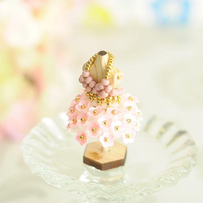 ☆4/8 再入荷☆ ビーズステッチで作る ハニカムトルソードレス〜マーガレット・ピンク〜  【作家:漆原昌美(Mai My Beads)】