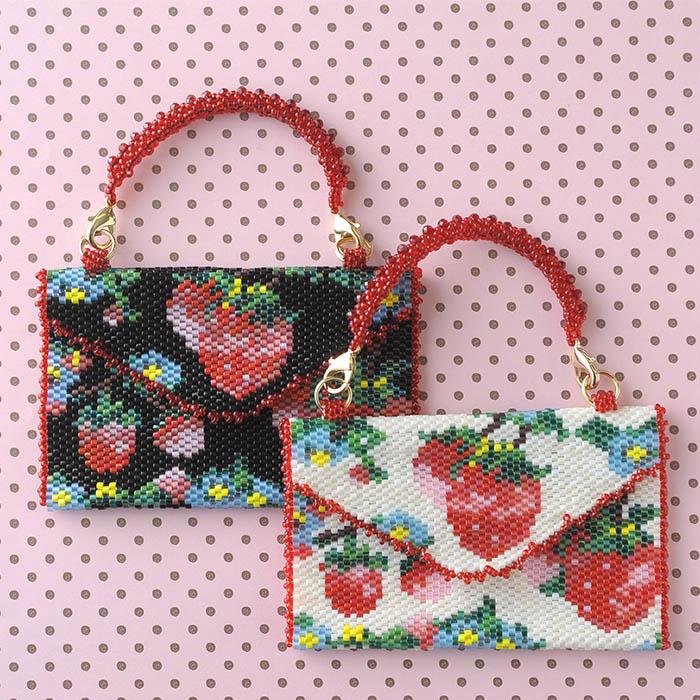 Strawberry Garden ブラック  OT-130 【作家:新井桂子(Fairy-R)】