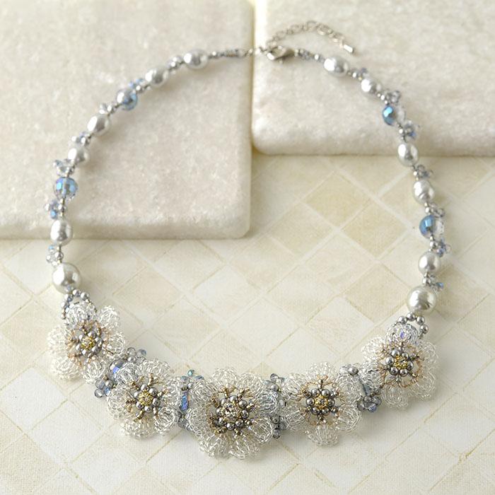 Lace Flower Necklace(グレー)  N-87b 【作家:Shinon あわいしのぶ】