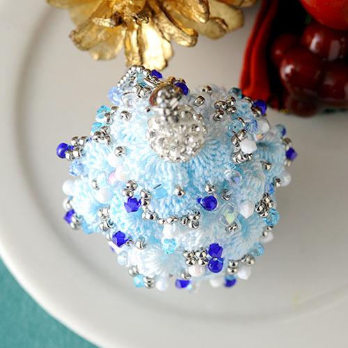 クリスマスツリーチャーム(ブルー) 【作家:芝裕子(Atelier Siva)】
