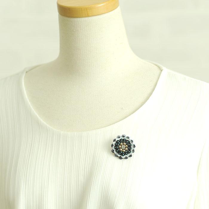 ビーズファクトリー オートクチュールビーズ刺繍キット サークルの立体フラワーブローチ HCK-001
