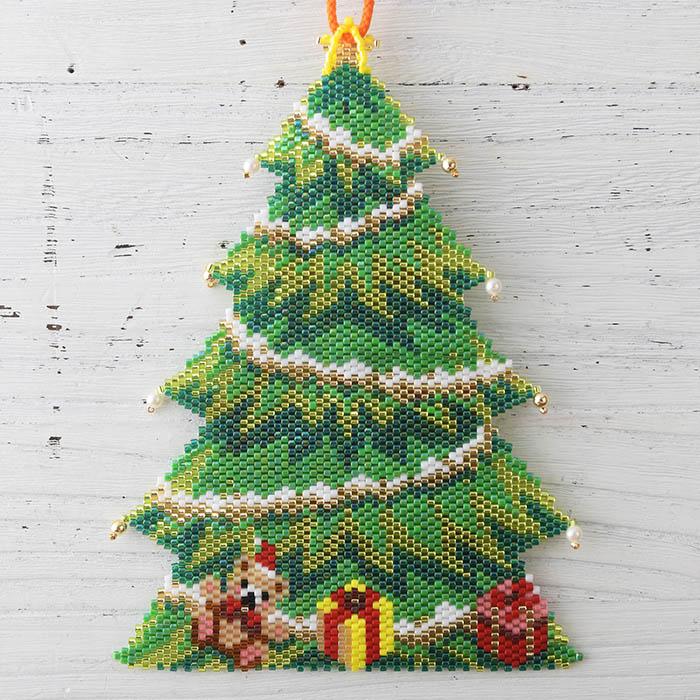 ステッチタペストリー〜クリスマスツリー〜  ビーズマニア