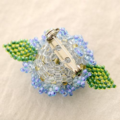 Hydrangea 紫陽花ブローチ ブルー  OT-087BL 【作家:青木恵理(Blue-Bell)】