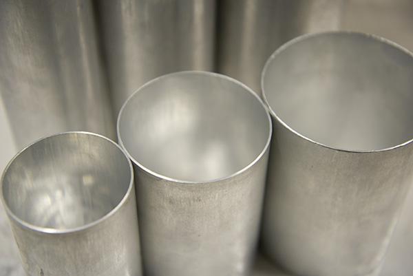 【新製品】#80 円筒形アルミモールド φ76mm×H150mm ※3個以上ご購入で10%OFF対象商品