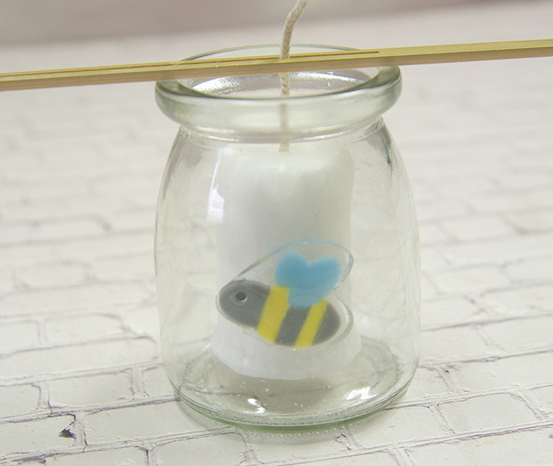 【てんとう虫01】 モチーフジェル 誰でも簡単に可愛いアロマキャンドルができる!