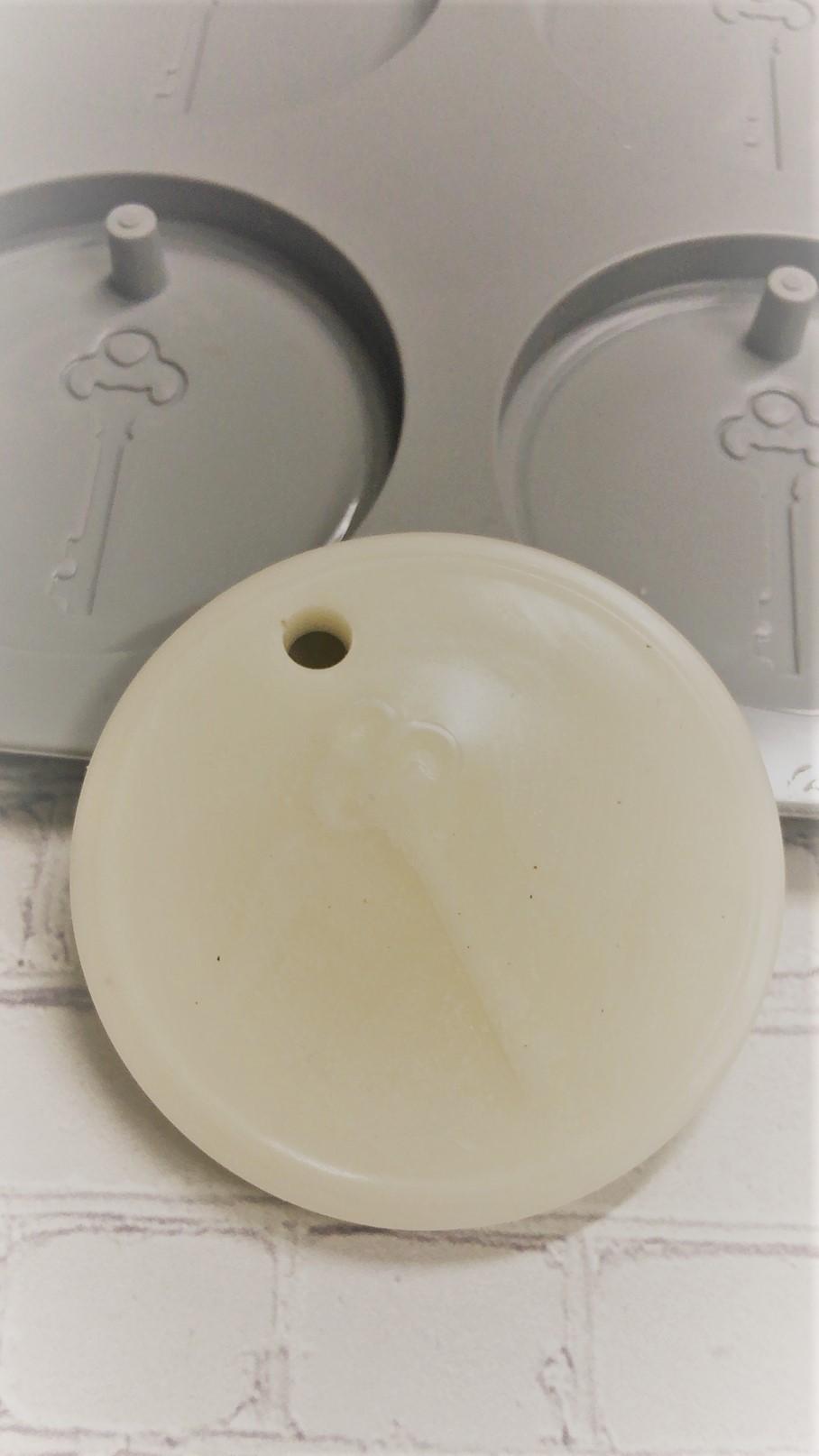 サシェ用モールド丸形(鍵デザイン) 1シート(6個用) サイズΦ60mm×H65mm