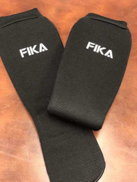 FIKA 公式レッグガード