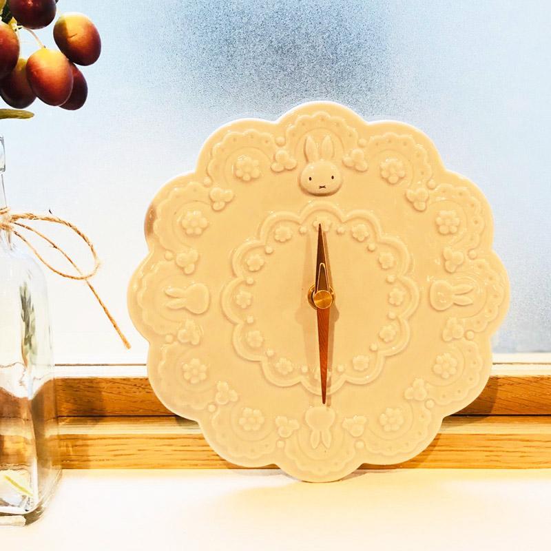 フラワーミッフィー お花の壁掛け時計 グレー