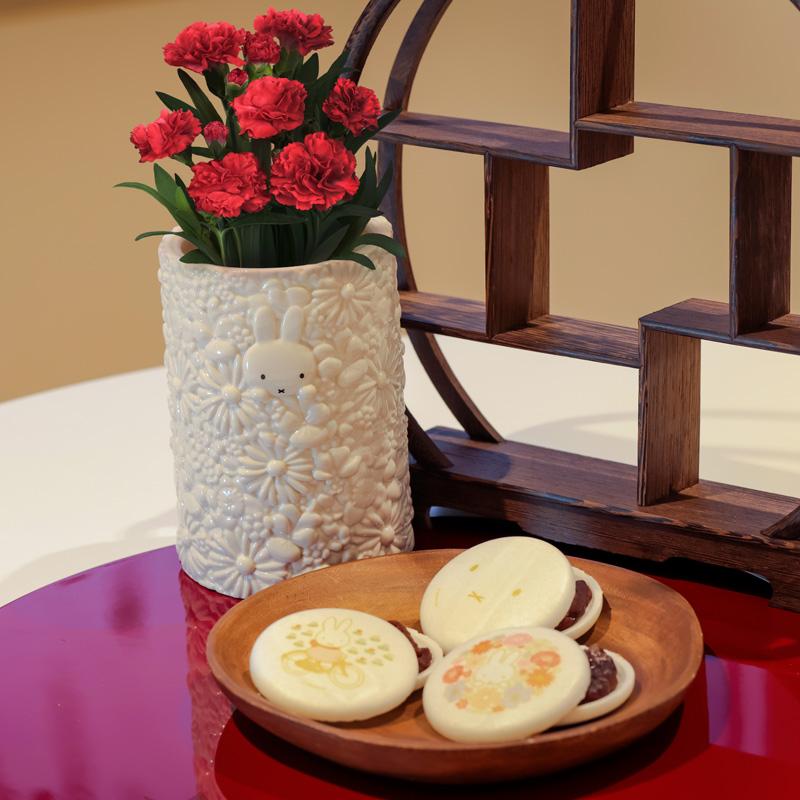 お花いっぱいフラワーベースお好みもなかセット【2021母の日】 ※他商品同梱・日時指定不可