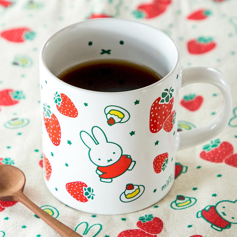 フラワーミッフィー マグカップ いちご